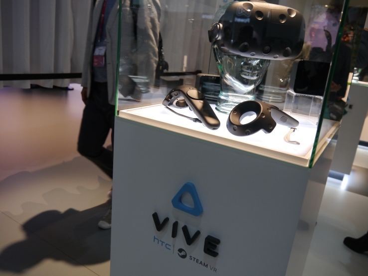 HTC claims 15,000 pre-orders in 10 minutes for its Vive VR headset
