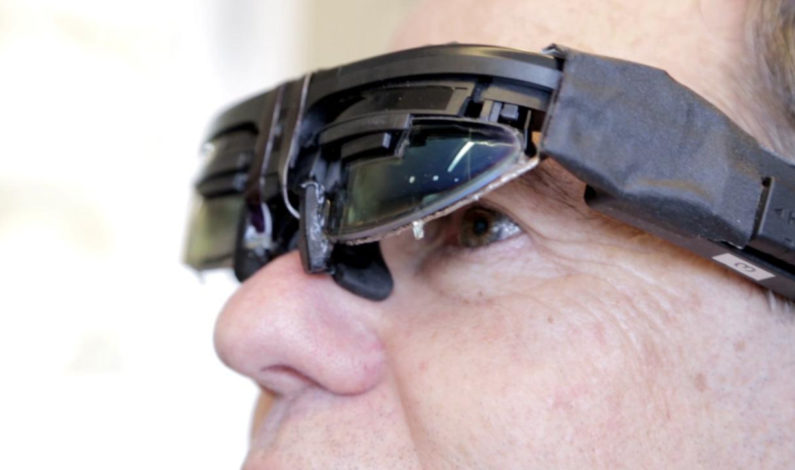 Eyefluence shows us how we'll be able to navigate screens with our eyes