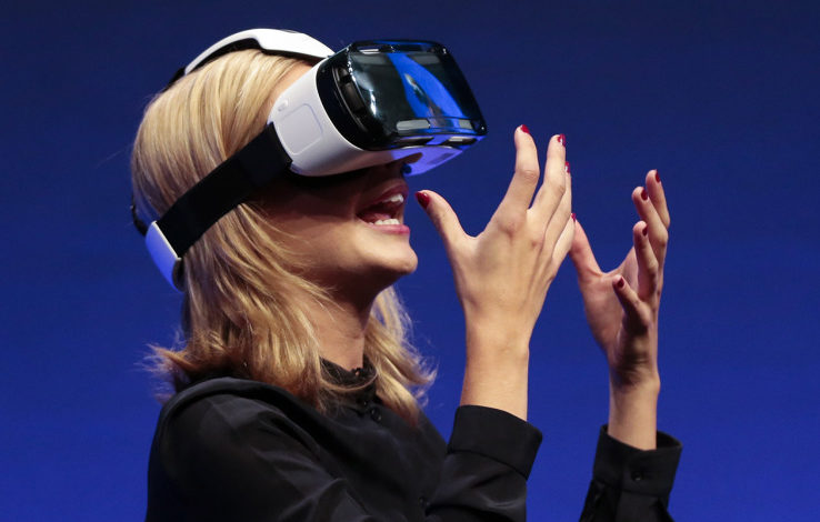 Samsung's virtual reality strategy has an upgrade problem