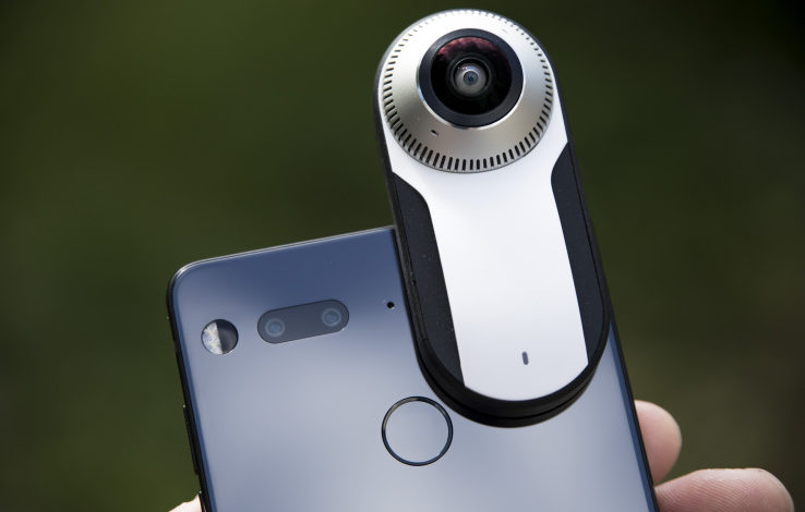 First impressions of Essential's 360-degree camera attachment