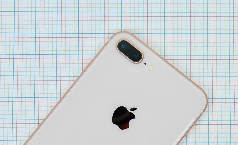 iPhone 8 Plus Review: Bigger is better, but not for much longer