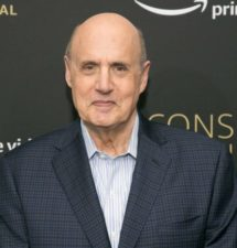 "Jeffrey Tambor quits Amazon's ""Transparent"" after being accused of sexual harassment"
