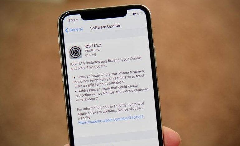 Apple releases iOS 11.1.2 to fix iPhone X screen issues in cold weather
